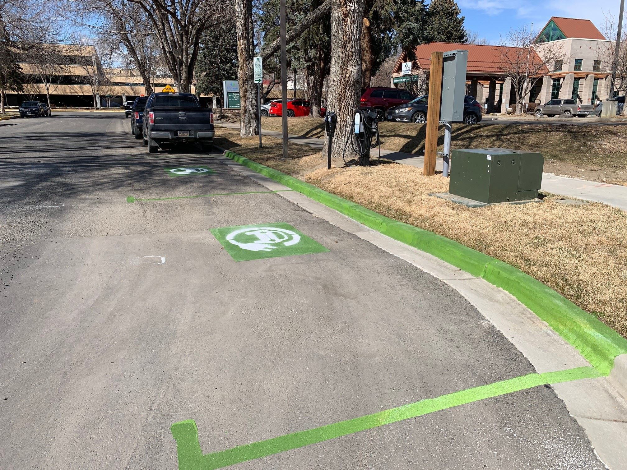 Electric car parking by hospitals)
